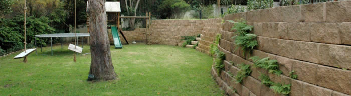 Benefits of hollow core block retaining wall options