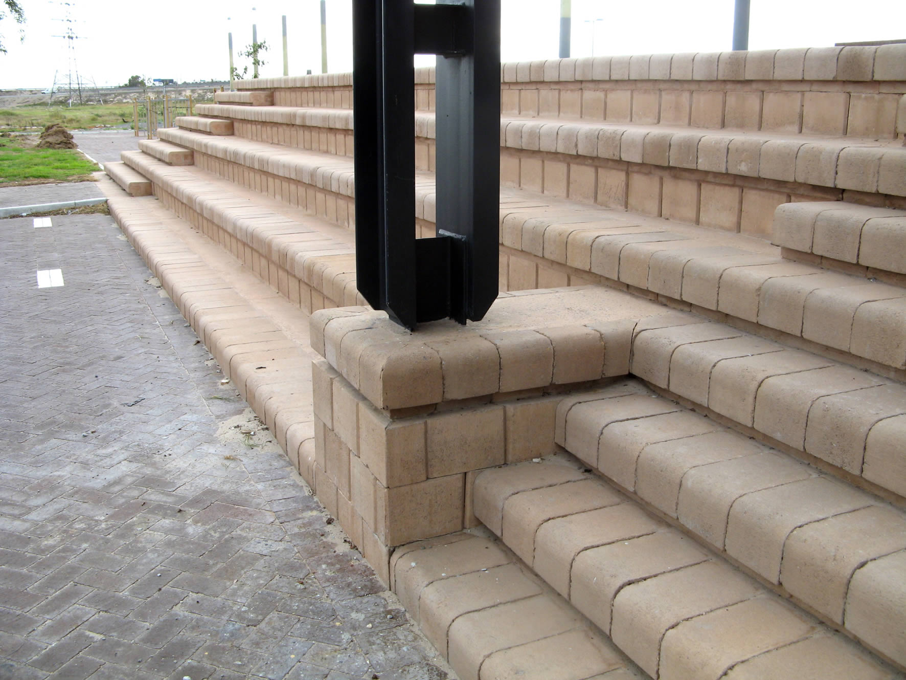 Stair and ramp combination with the 4x4 Block