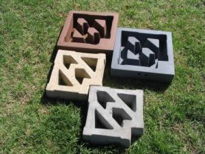 mould boxes made of U.V. stabilised LLDPE (polyethylene)