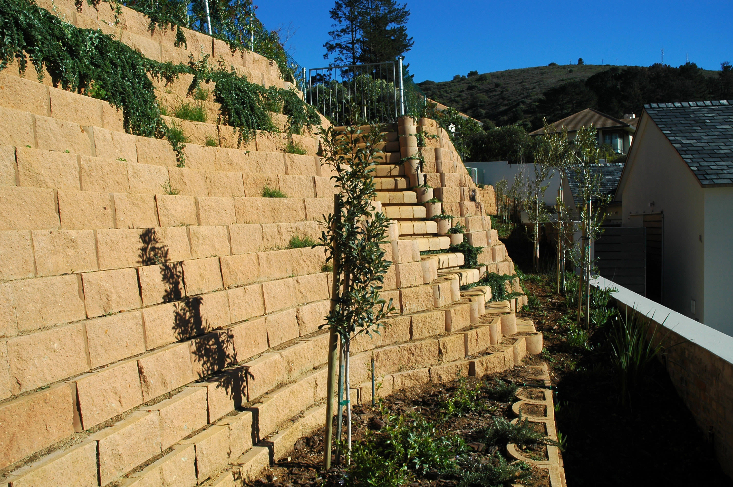 4x4 Multi Step blocks were incorporated to provide comfortable access to the different levels.