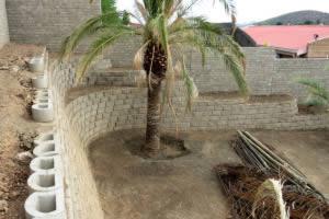 House Burger, backyard retaining walls