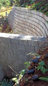 The  walls meeting at an perpendicular angle, necessitating block cutting