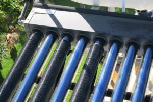 Vacuum water heating tubes