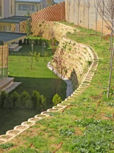 Green wall system with Terraforce blocks