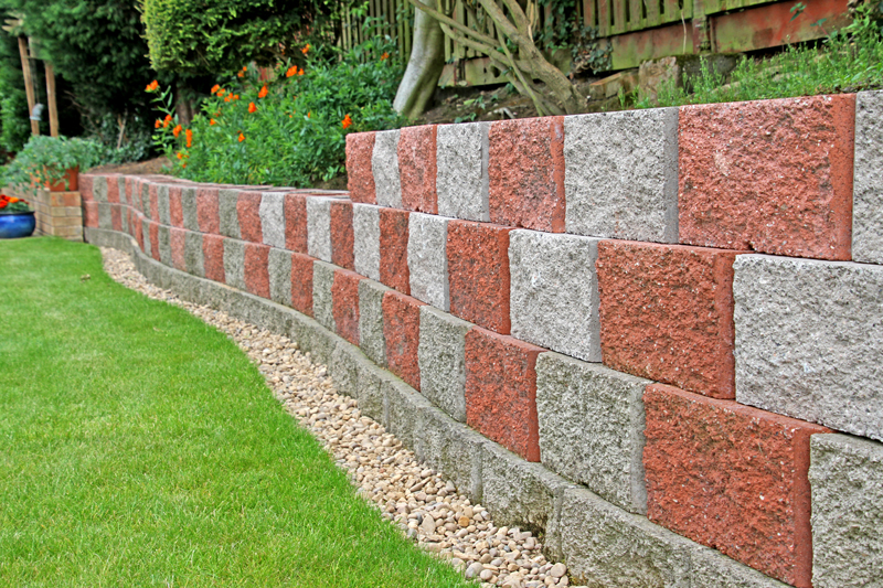 A DIY wall, the owner says he found laying the blocks easy, once a perfectly level bottom row was established