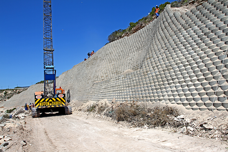 Terraforce wall at Pepper Bay Harbour for practical, stable, and weather resistant surface protection