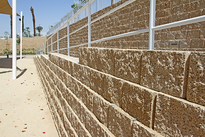 . For the vertical walls we placed steel rebar every 900 mm and concrete filled the blocks, as well as horizontal steel bars