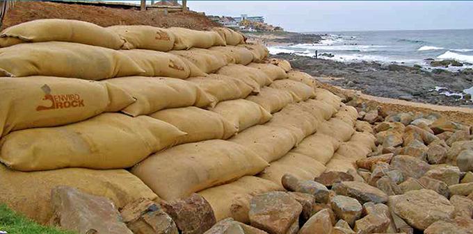 Large format geotextile bags (Envirorock R)
