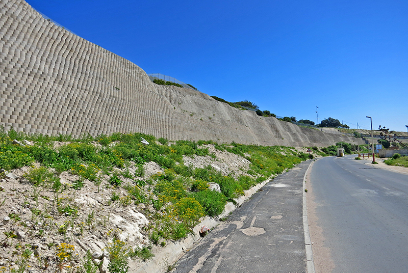 Terraforce wall, Pepper Bay Harbour, for slope erosion control