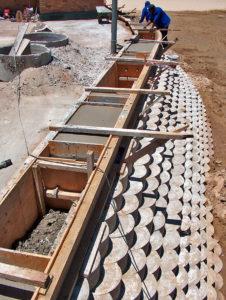 Casting concrete barrier