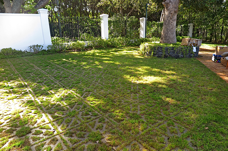 Pastoral, grassed driveway with Terracrete