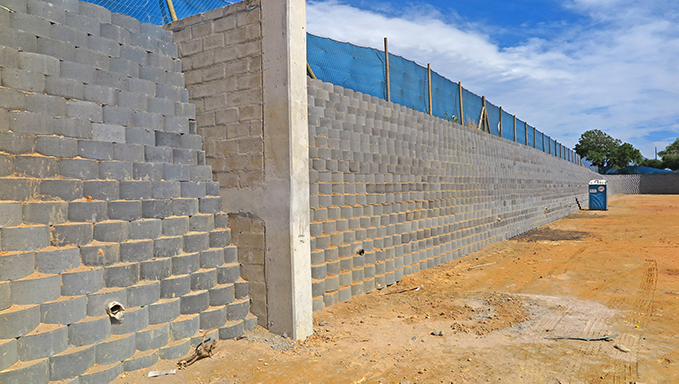 The blocks are also designed in such away that wall angles can vary significantly from vertical to shallow, able to adapt to many different site conditions.