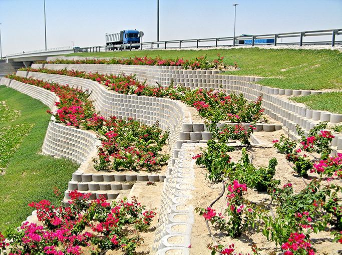 Terraforce round face finish retaining wall, interchange, Qatar