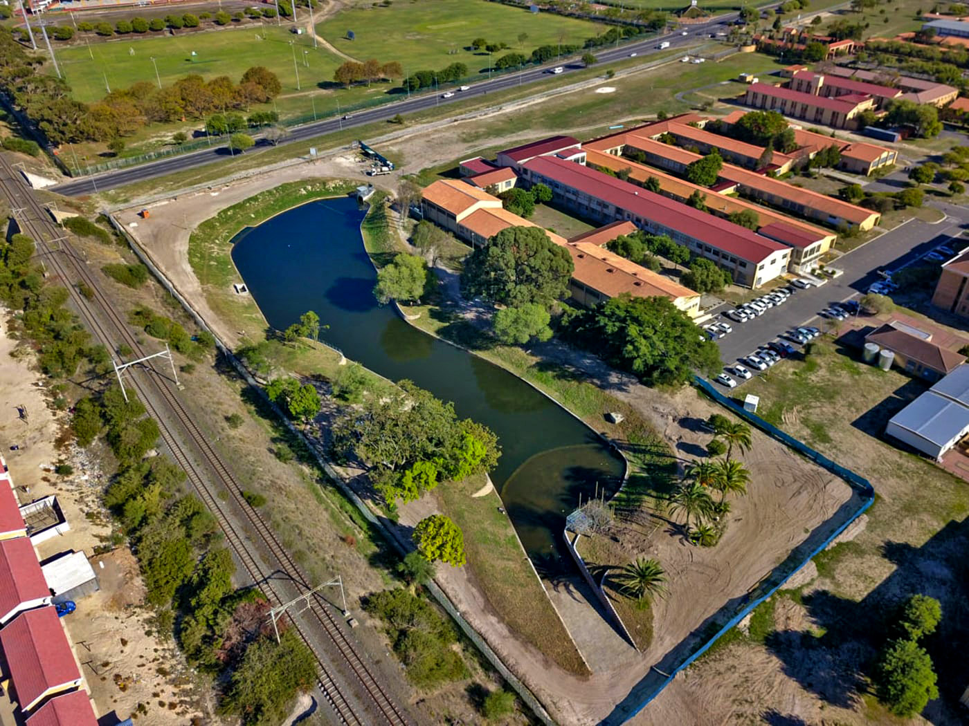 The existing pond was losing a lot of water, and that is why CPUT decided to build a 420m long retaining wall around its circumference