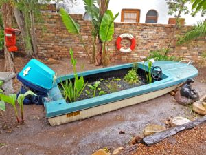 Water feature - ski boat from the 70's